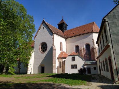Obrázek hrad Pernštejn + opatství  Porta Coeli Tišnov